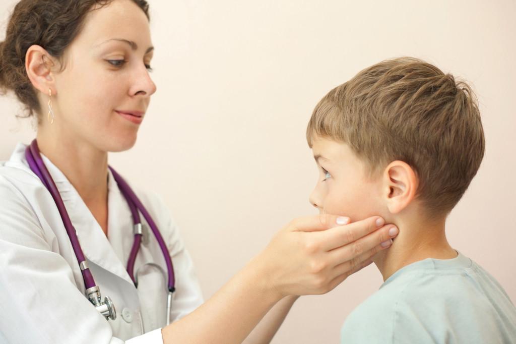 Pourquoi les enfants souffrent-ils d'infections récurrentes?